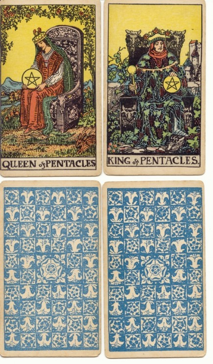 King and queen of coins from the 1909 R&L deck