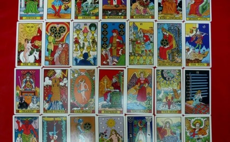 Example images from the 1st edition Waite-J.K. Tarot deck