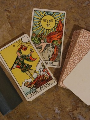 1931_tarot_card_kit-min